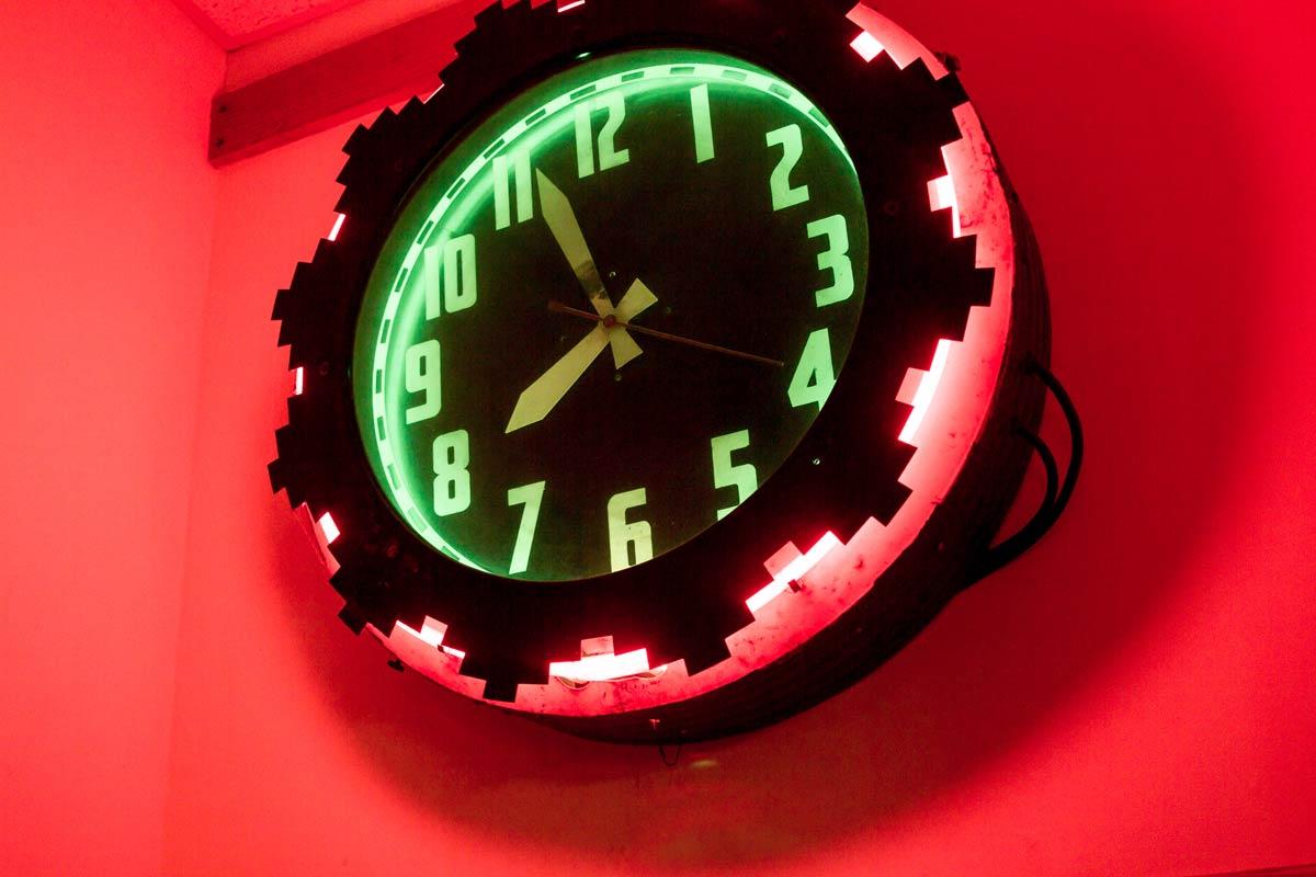 clock-2-TLP 2678